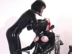 Rubber - Confined 1.avi