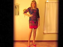 crossdresser showing her stockings an panties