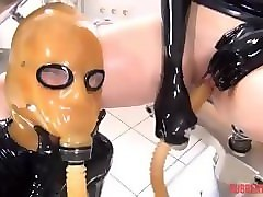 rubber tanja in breathplay fun