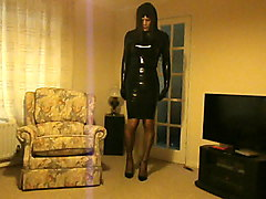 patsypvc transvestite in rubber latex dress & heels