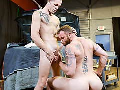 Derek Parker & Jimmy Slater in Big Dick Negotiation Video - ExtraBigDicks