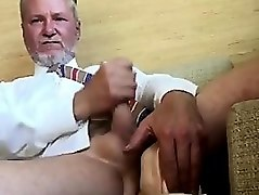 cumming men on cam4