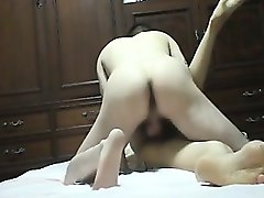 amateur quiet orgasm