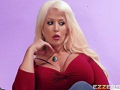 alura jenson and avi love in the audition