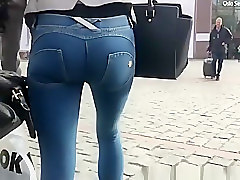 Girl with tight ass wearing tight jeans