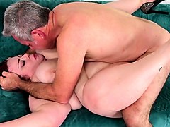 fat girl takes cock in pussy and cum in mouth