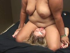 Fat Mature Woman Facesitting Young Sub