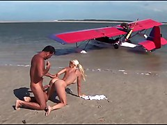 Superb Blonde Ass Fucked On The Beach (double Cum)
