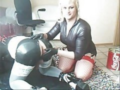 Amateur Rubberdoll Fisting - By Tlh
